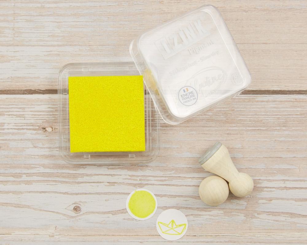 Mini-Stempelkissen yellow, gelb, 38 x 38 mm, säurefrei, farbbeständig